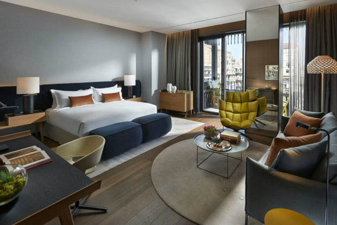 How Do The Best Interior Designers Use standing Lamps Mandarin Oriental Barcelona urquiola Floor Lamps How Do The Best Interior Designers Use Floor Lamps? How Do The Best Interior Designers Use Floor Lamps Mandarin Oriental Barcelona urquiola