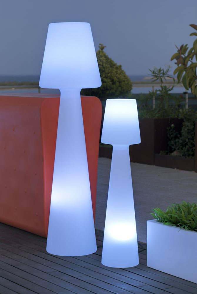 or patio lighthouse outdoor floor lamp outdoor floor lamps outdoor. Black Bedroom Furniture Sets. Home Design Ideas