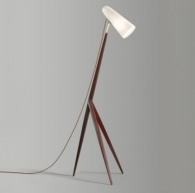 Wood floor lamps for a mid-century modern home designJonathan Browning - Entrechaux torchiere [rosewood, bronze, porcelain, 2015] wooden floor lamps Wooden floor lamps for a mid-century modern home design Wooden floor lamps for a mid century modern home designJonathan Browning Entrechaux torchiere rosewood bronze porcelain 2015