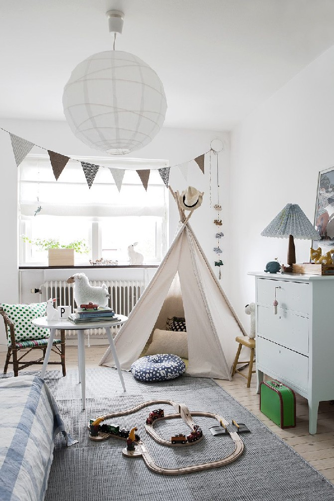 The Perfect Lighting Designs for Kids Bedrooms Scandinavian-natural-tones kids bedrooms The Perfect Lighting Designs for Kids Bedrooms The Perfect Lighting Designs for Kids Bedrooms Scandinavian natural tones
