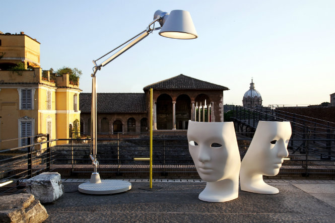 10 Amazing ideas on how to use floorlamps in rooftops Domus Outdoor Nemo Chair floor lamps 10 Amazing ideas on how to use floor lamps in rooftops 10 Amazing ideas on how to use floor lamps in rooftops Domus Outdoor Nemo Chair