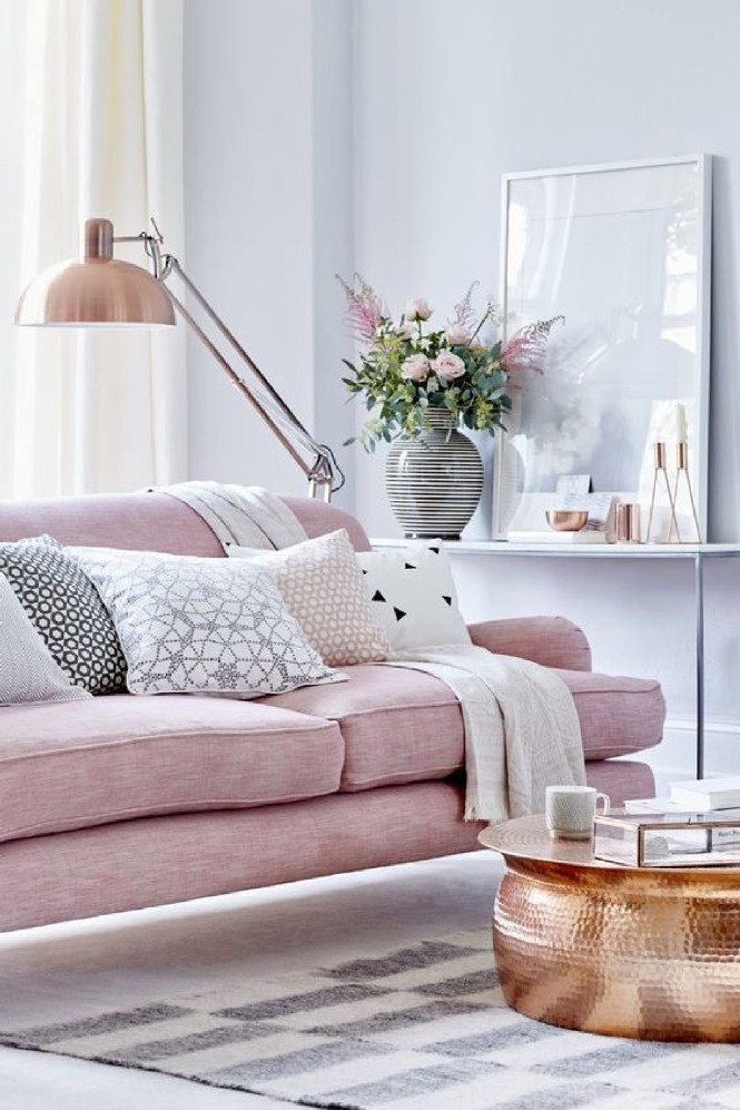 Home Decor Explosive Mix copperfloor lamps and pink details Layer soft rose pink with grey copper floor lamps Home Decor Explosive Mix: copper floor lamps and pink details Home Decor Explosive Mix copper floor lamps and pink details Layer soft rose pink with grey