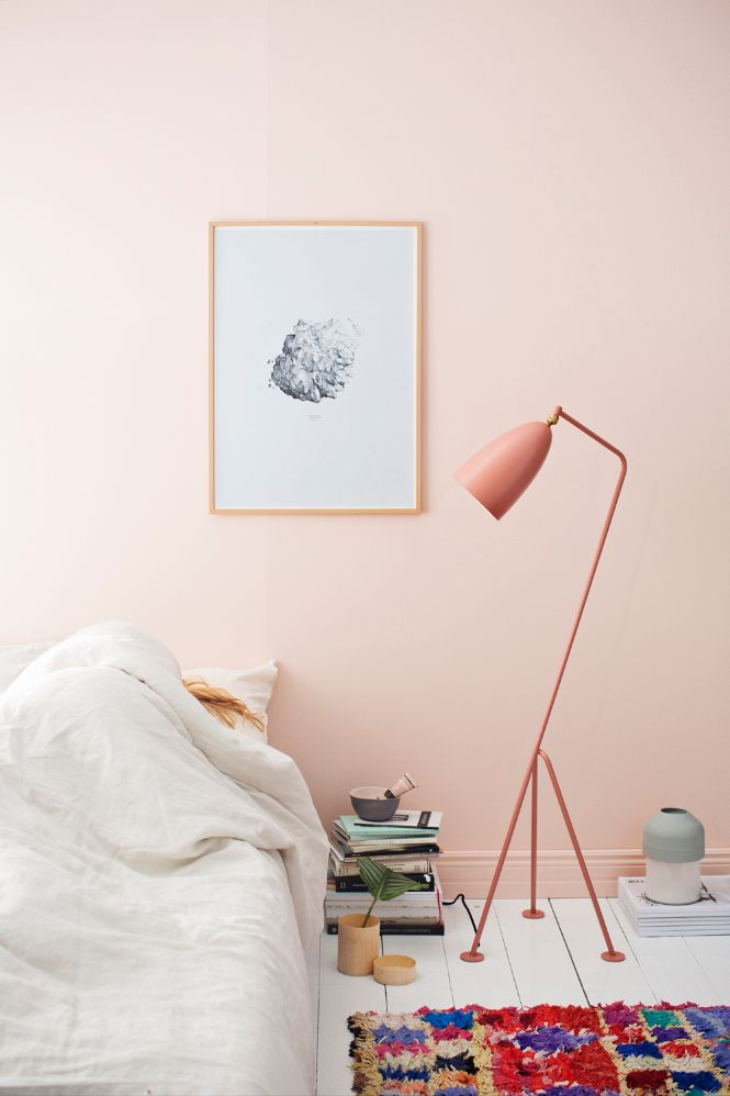 Pastel Colors and Floor Lamps for the Perfect Fall Home home of Anna Pirkola of Duotone studio modern floor lamps Pastel Colors and Modern Floor Lamps for the Perfect Fall Home Pastel Colors and Modern Floor Lamps for the Perfect Fall Home home of Anna Pirkola of Duotone studio