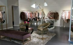 Trendy Floor Lamps Shine at Susanne Benter Mode