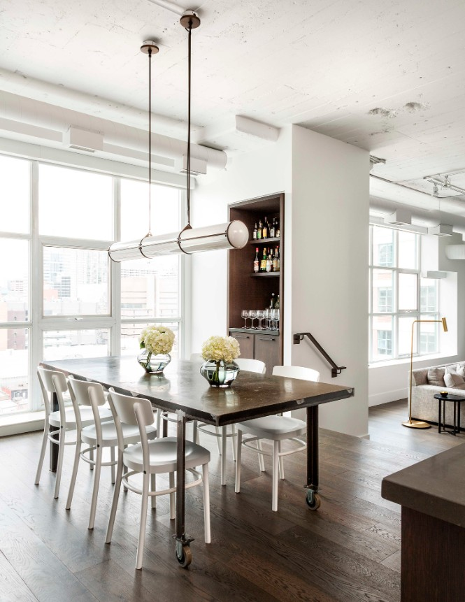 Toronto Industrial Loft Boasts Shiny Lighting Designs industrial loft Toronto Industrial Loft Boasts Shiny Lighting Designs Toronto Industrial Loft Boasts Shiny Lighting Designs 1