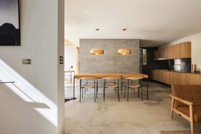 Mid-Century Taiwan Home Gets a Makeover Full of Great LightingDesigns