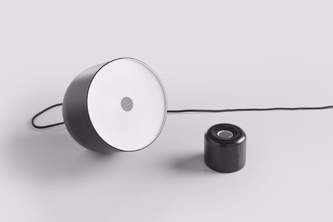 Find Out The Adjustable Faro Lamp Designed By Laselva Studio 2