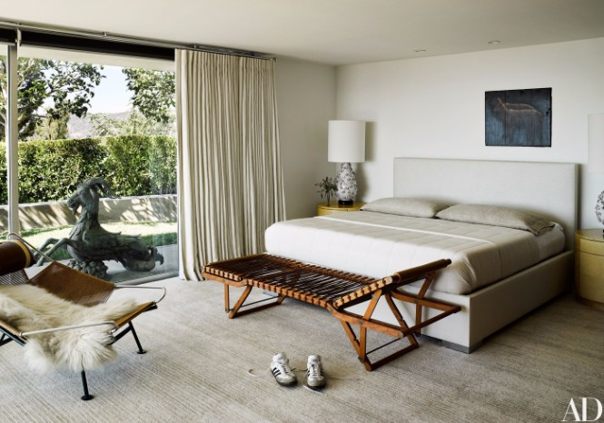 Ryan Murphy's Beach House with Mid-Century Lighting Designs 1 mid-century lighting Ryan Murphy's Beach House with Mid-Century Lighting Designs Ryan Murphy   s Beach House with Mid Century Lighting Designs 9