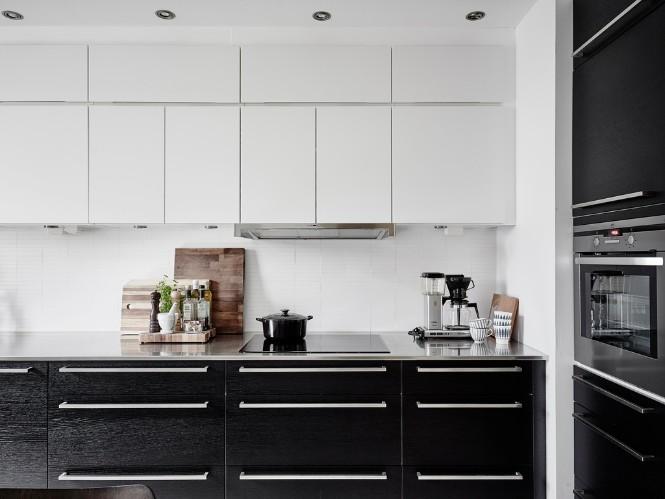 Swedish Apartment Shining with Scandinavian Floor Lamps 10