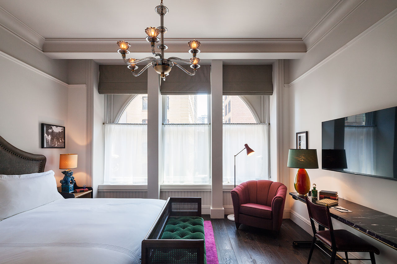 Fall in Love with This New York Hotel with Stunning Lighting Designs lighting design Fall in Love with This New York Hotel with Stunning Lighting Designs Fall in Love with This New York Hotel with Stunning Lighting Designs 10