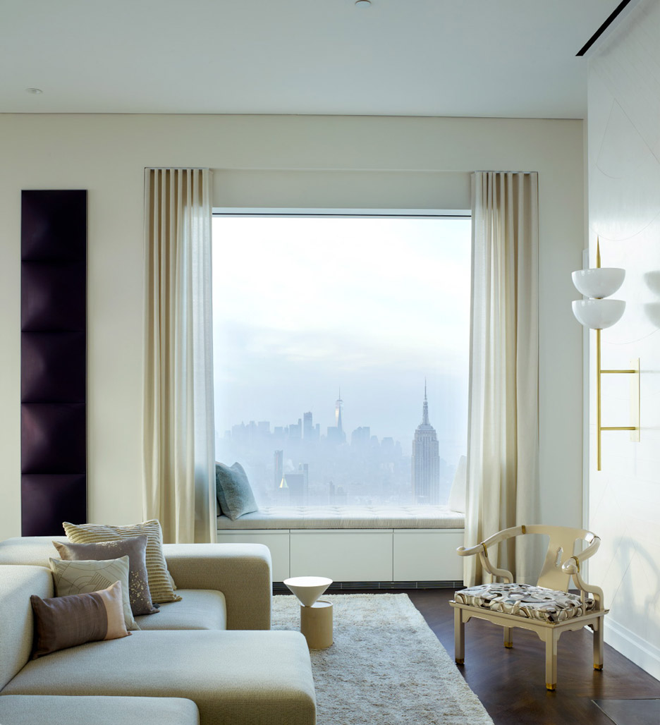Penthouse Filled with Modern Floor Lamps in Manhattan 1 modern floor lamps Penthouse Filled with Modern Floor Lamps in Manhattan Penthouse Filled with Modern Floor Lamps in Manhattan 2