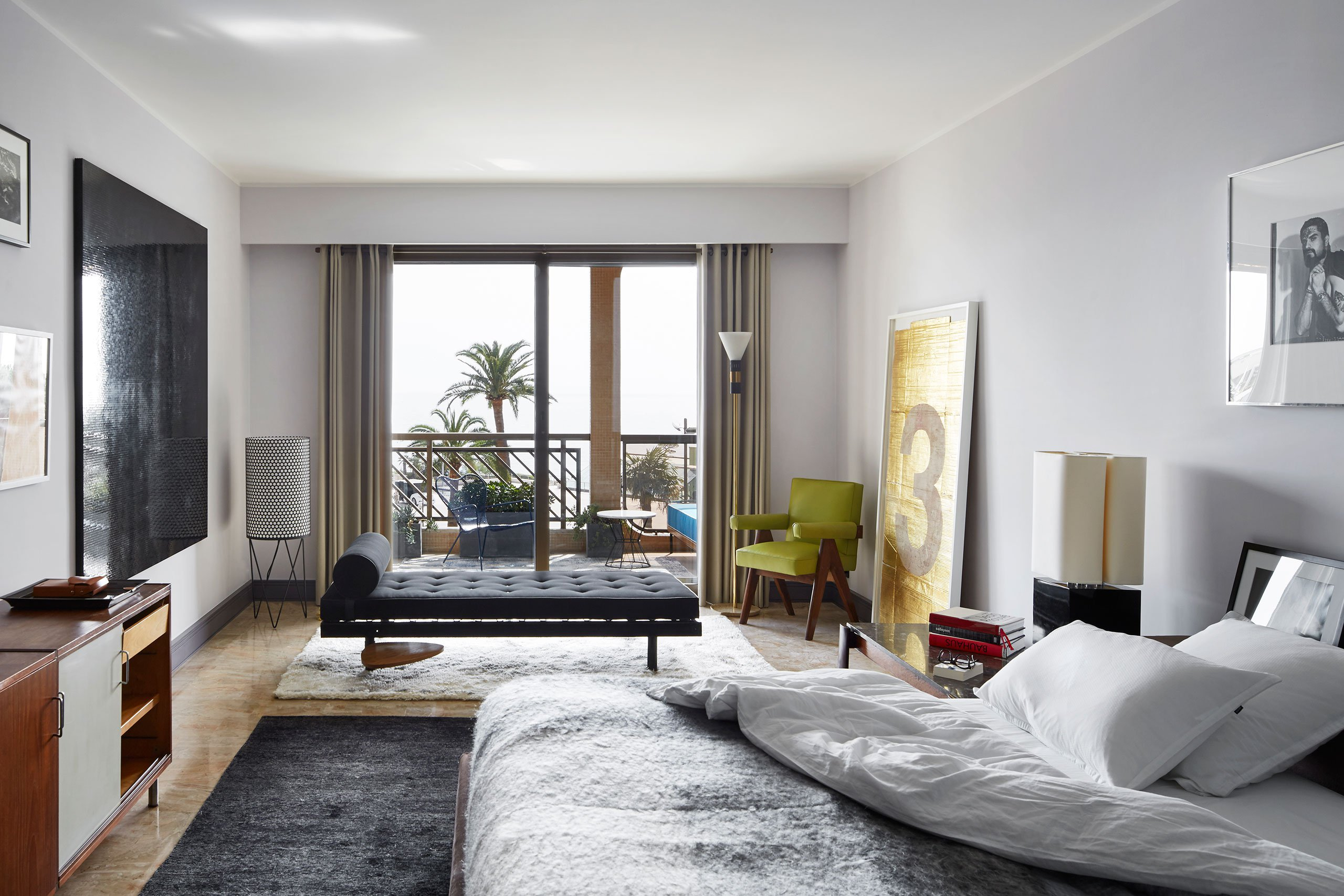Timeless Luxury Apartment in Monaco Filled with Mid-Century Lighting 3 mid-century lighting Timeless Luxury Apartment in Monaco Filled with Mid-Century Lighting Timeless Luxury Apartment in Monaco Filled with Mid Century Lighting 10