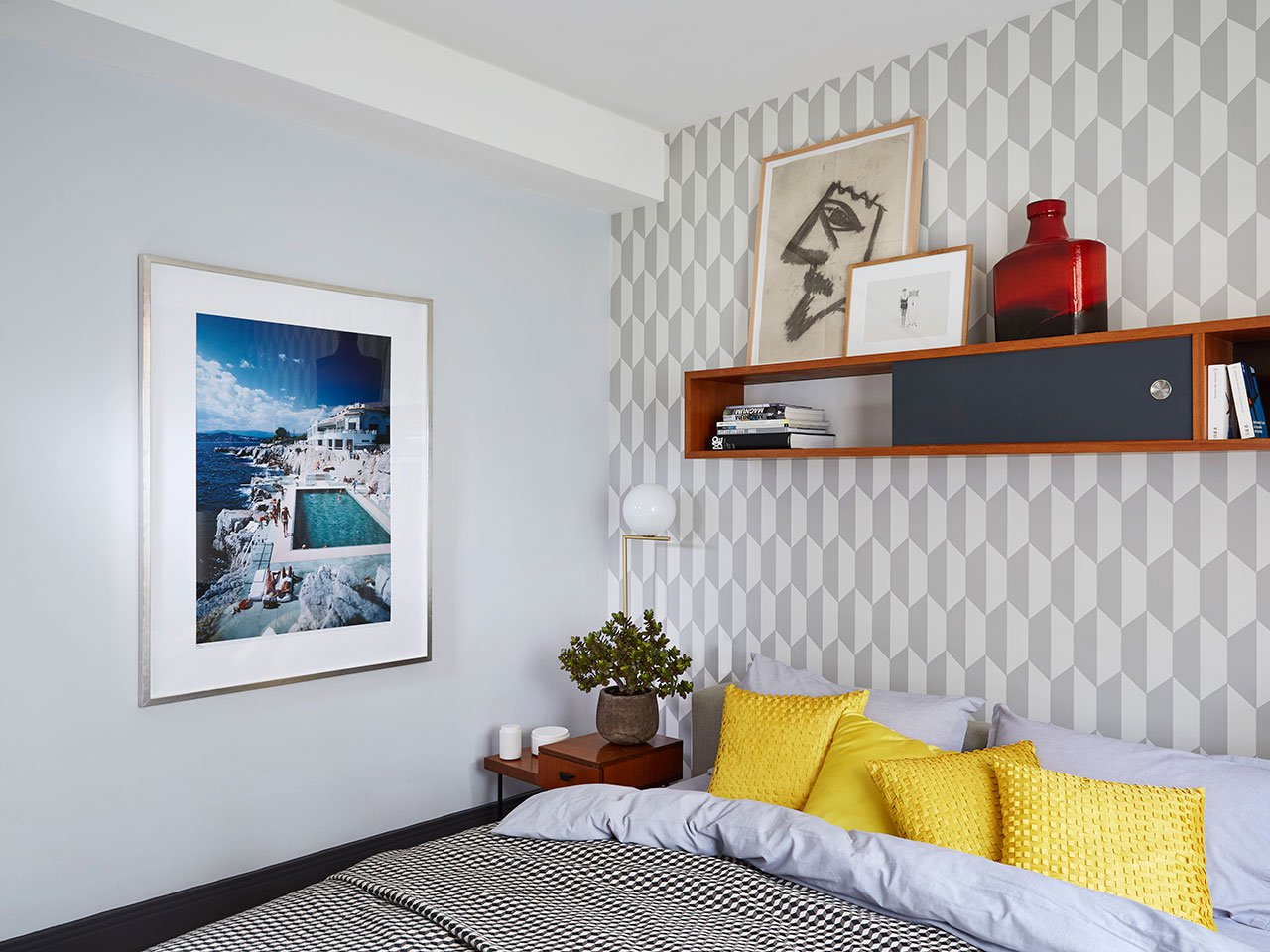 Timeless Luxury Apartment in Monaco Filled with Mid Century Lighting 3 mid-century lighting Timeless Luxury Apartment in Monaco Filled with Mid-Century Lighting Timeless Luxury Apartment in Monaco Filled with Mid Century Lighting 14