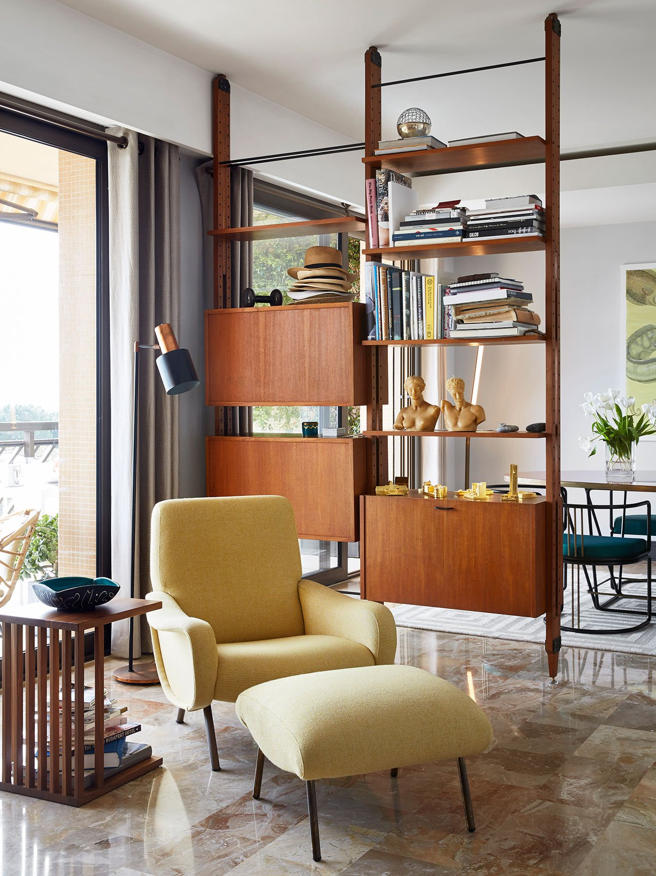 Timeless Luxury Apartment in Monaco Filled with Mid-Century Lighting 3 mid-century lighting Timeless Luxury Apartment in Monaco Filled with Mid-Century Lighting Timeless Luxury Apartment in Monaco Filled with Mid Century Lighting 7