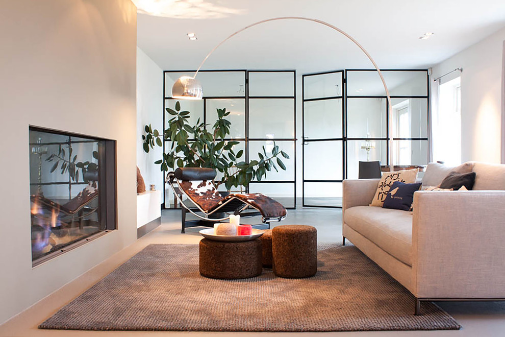 Discover Why You Should Be Using Arc Floor Lamps In Your Living Room 1
