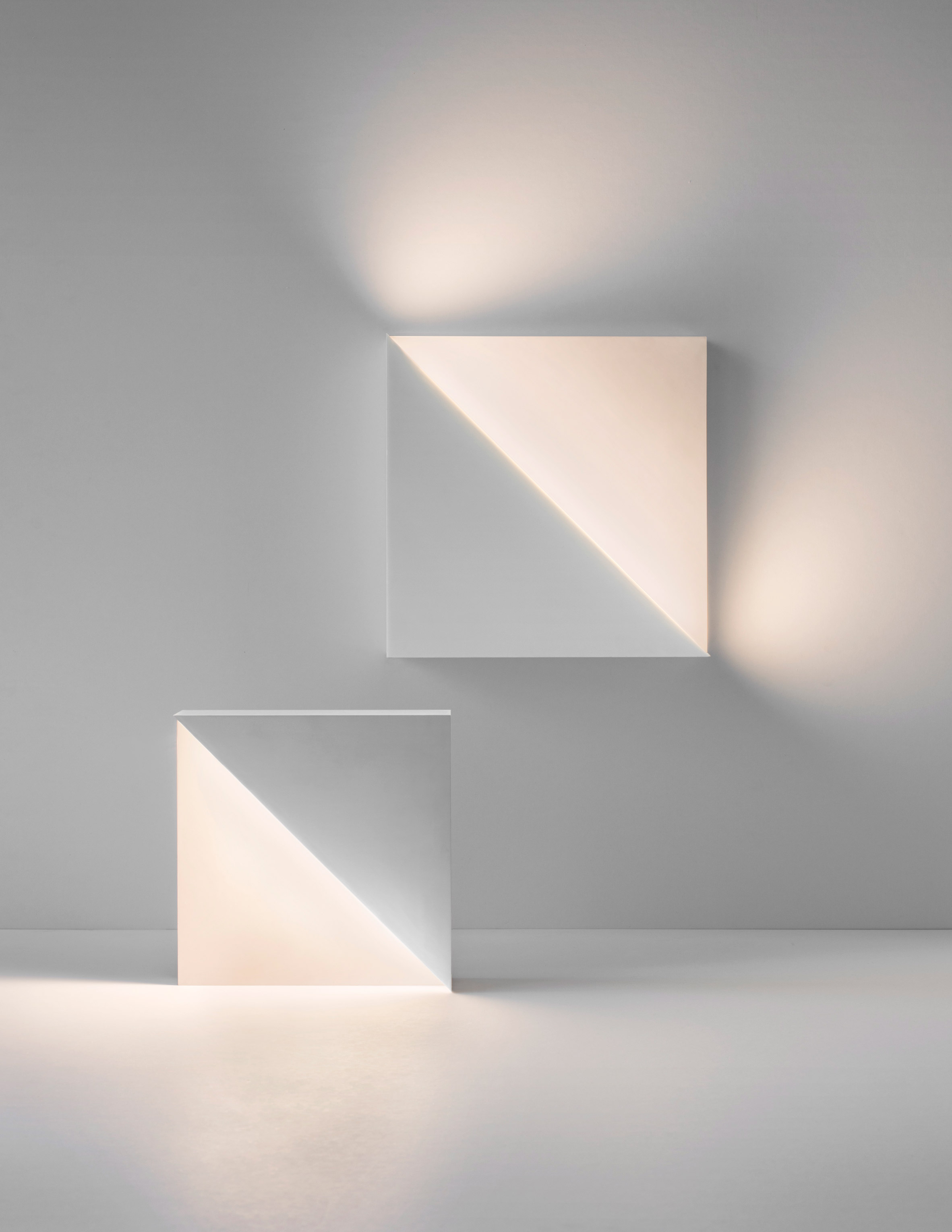 Fall in Love with Richard Meier's Minimal Lighting Collection 1 lighting collection Fall in Love with Richard Meier's Minimal Lighting Collection Fall in Love with Richard Meiers Minimal Lighting Collection 5