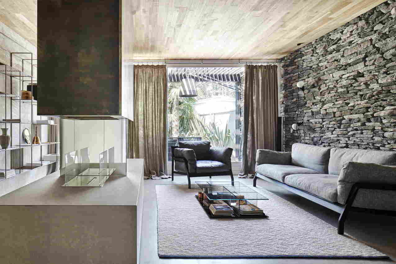 Private Luxury Home in Italy Filled with Contemporary Lighting  Private Luxury Home in Italy Filled with Contemporary Lighting Private Luxury Home in Italy Filled with Contemporary Lighting 4