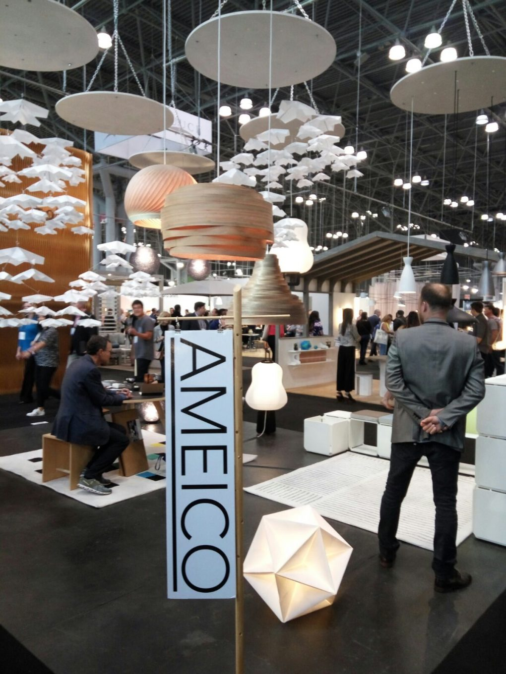 Trend Alert Discover the Best Lighting Brands at ICFF 2017 4 lighting brands Trend Alert: Discover the Best Lighting Brands at ICFF 2017 Trend Alert Discover the Best Lighting Brands at ICFF 2017 6