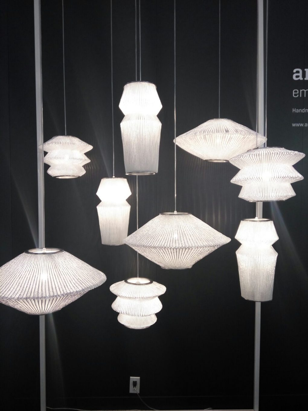 Trend Alert Discover the Best Lighting Brands at ICFF 2017 4 lighting brands Trend Alert: Discover the Best Lighting Brands at ICFF 2017 Trend Alert Discover the Best Lighting Brands at ICFF 2017 8