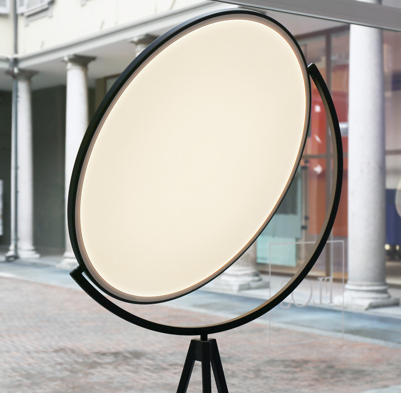 Floor Lamps Essentials Flat Disc Superloon Lamp for Flos 1 superloon lamp Floor Lamps Essentials: Flat Disc Superloon Lamp for Flos Floor Lamps Essentials Flat Disc Superloon Lamp for Flos 5