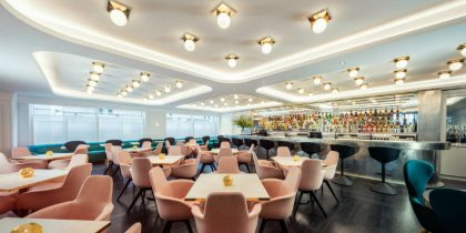 Meet The Restaurant to Eat in London with Best Lighting Designs FEAT