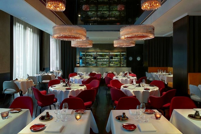 Meet the best restaurants with mid-century lighting design mid-century lighting Meet the best restaurants with mid-century lighting design Meet the best restaurants with mid century lighting design 8