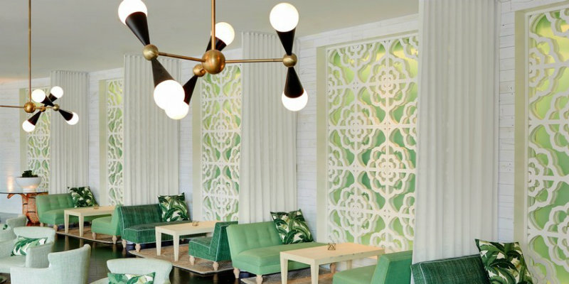 Palm Springs Hotel with Stunning Mid-Century Lighting Designs FEAT