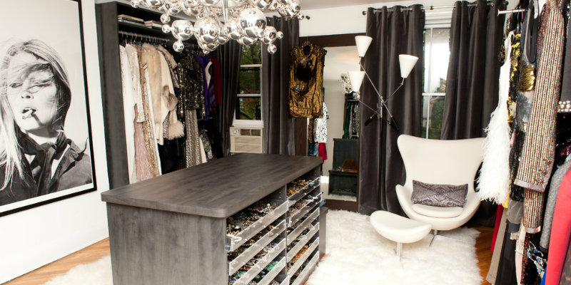 Room by Room The Perfect Modern Floor Lamps for Your Closet 1