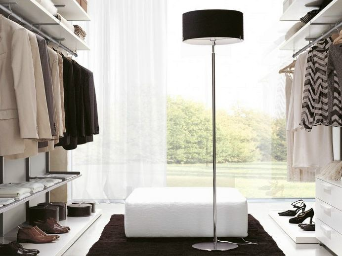 Room by Room The Perfect Modern Floor Lamps for Your Closet modern floor lamps Room by Room: The Perfect Modern Floor Lamps for Your Closet Room by Room The Perfect Modern Floor Lamps for Your Closet 5