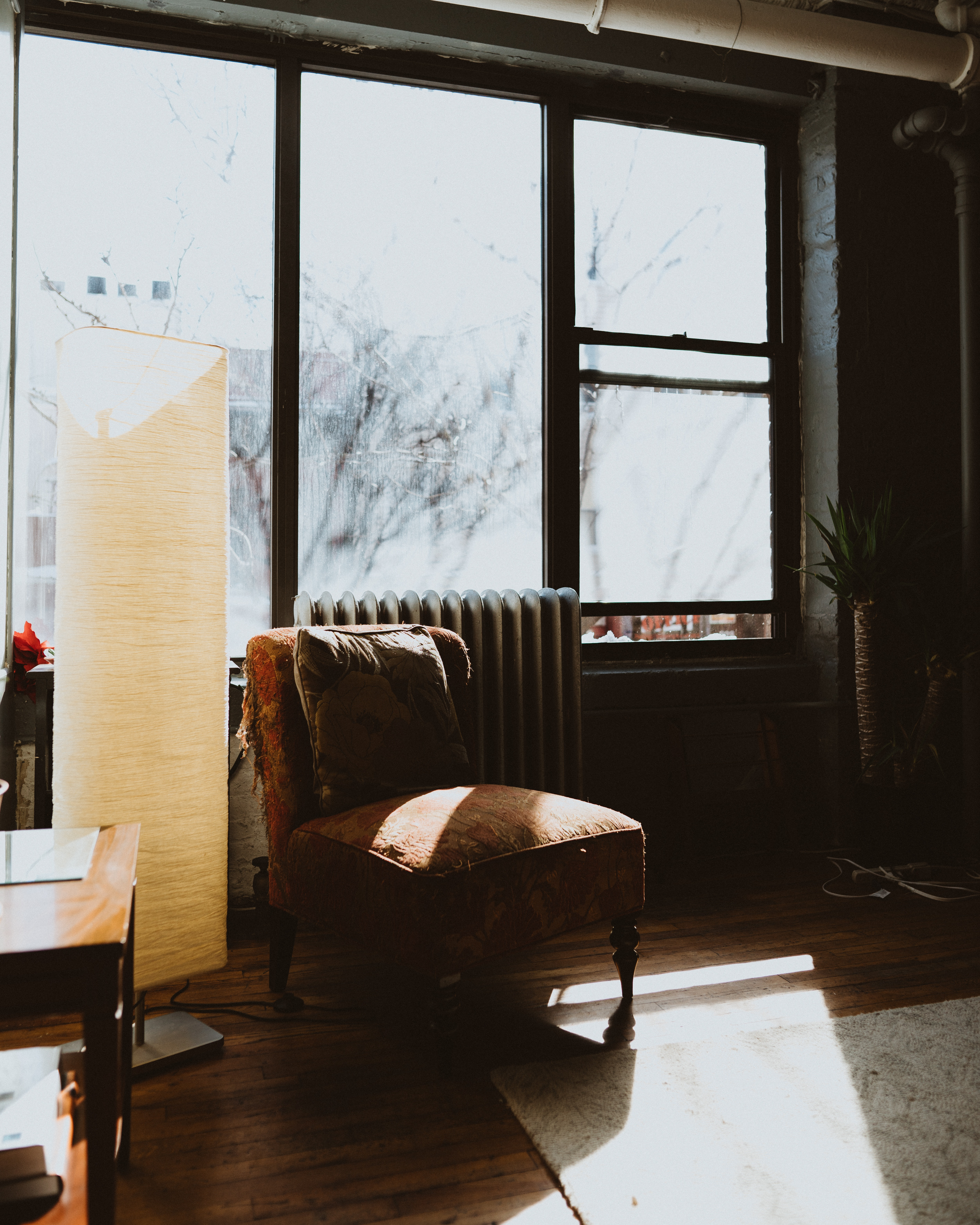 How Floor Lamps Change Your Decor floor lamp How Floor Lamps Change Your Decor joshua newton 289879