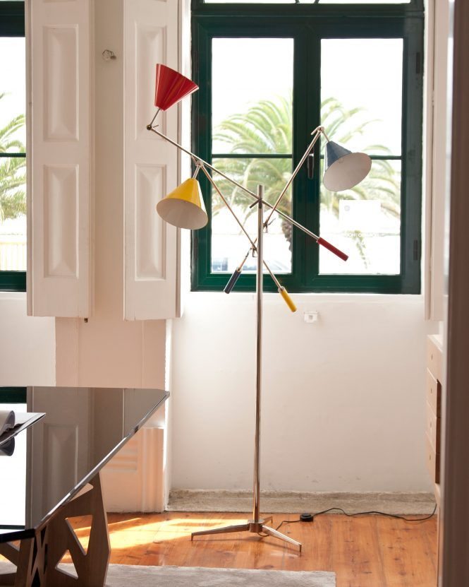 modern floor lamp Why Your Lobby Needs A Modern Floor Lamp sinatra floor ambience 05 HR e1529059219195