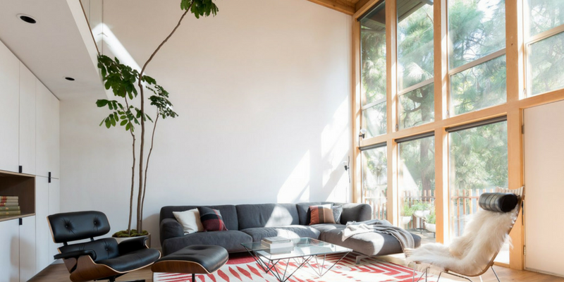 A Mid-Century Home in Los Angeles is Waiting For You!