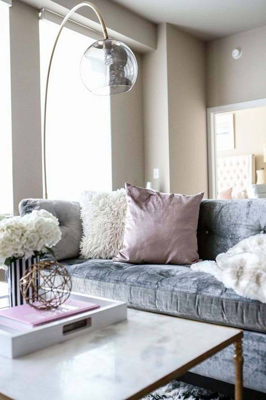 Get The Monochrome Trend With A Silver Floor Lamp! 2