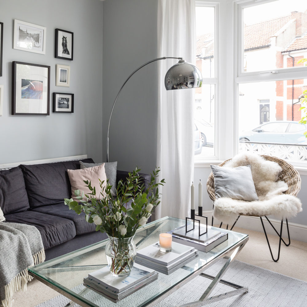 Get The Monochrome Trend With A Silver Floor Lamp! 3