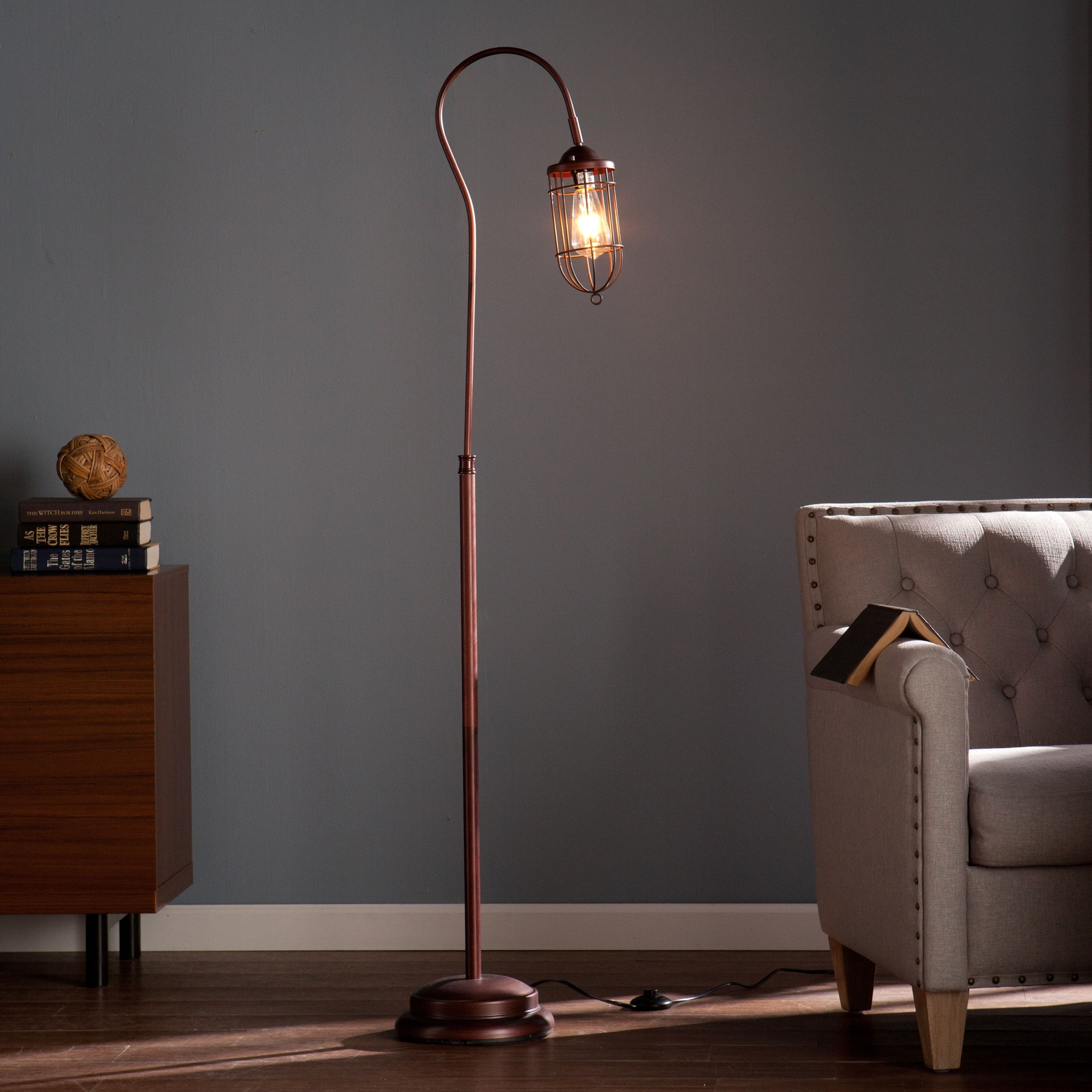 industrial floor lamps Industrial Floor Lamps That Will Light Up Your Home Décor Industrial Floor Lamps That Will Light Up Your Home D  cor 2