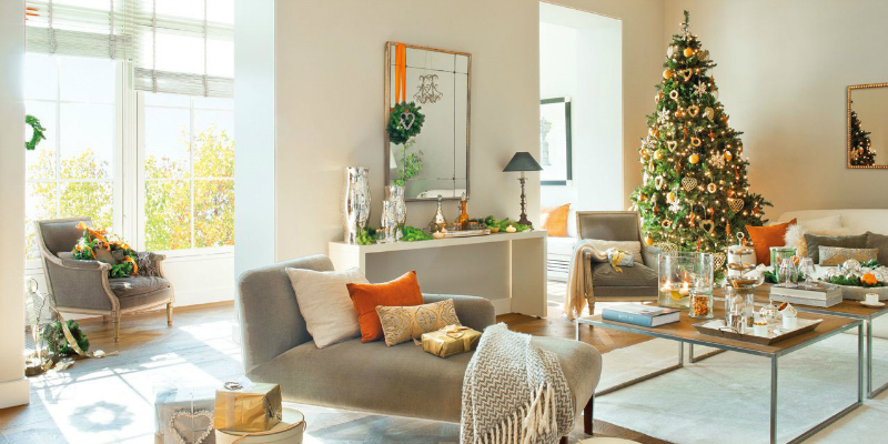 Golden Floor Lamps for a Luxury Christmas
