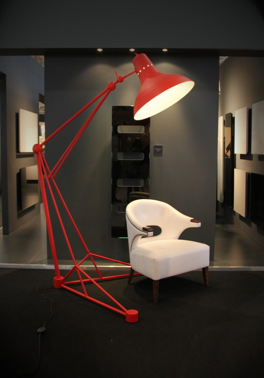 modern floor lamps Modern Floor Lamps In An All Red Everything Decor! Modern Floor Lamps In An All Red Everything Decor 4