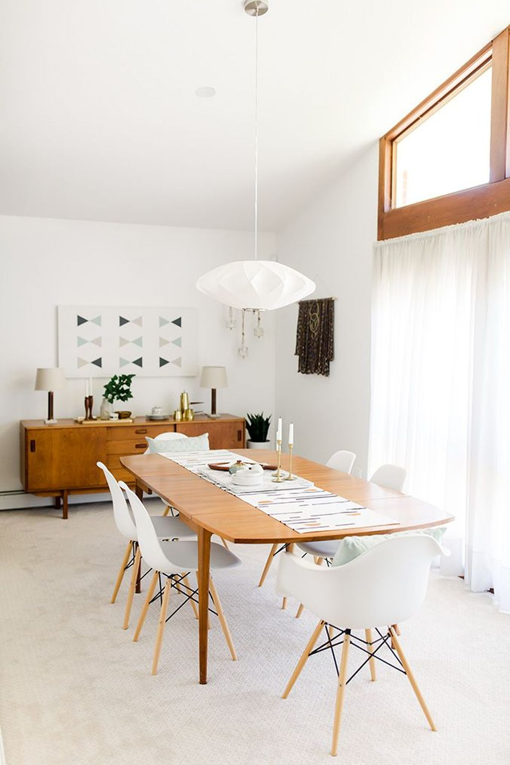 minimalist dining room Minilimalist Dining Room Decor Is What's Hot On Pinterest! Minilimalism Dining Room Decor Is Whats Hot On Pinterest3
